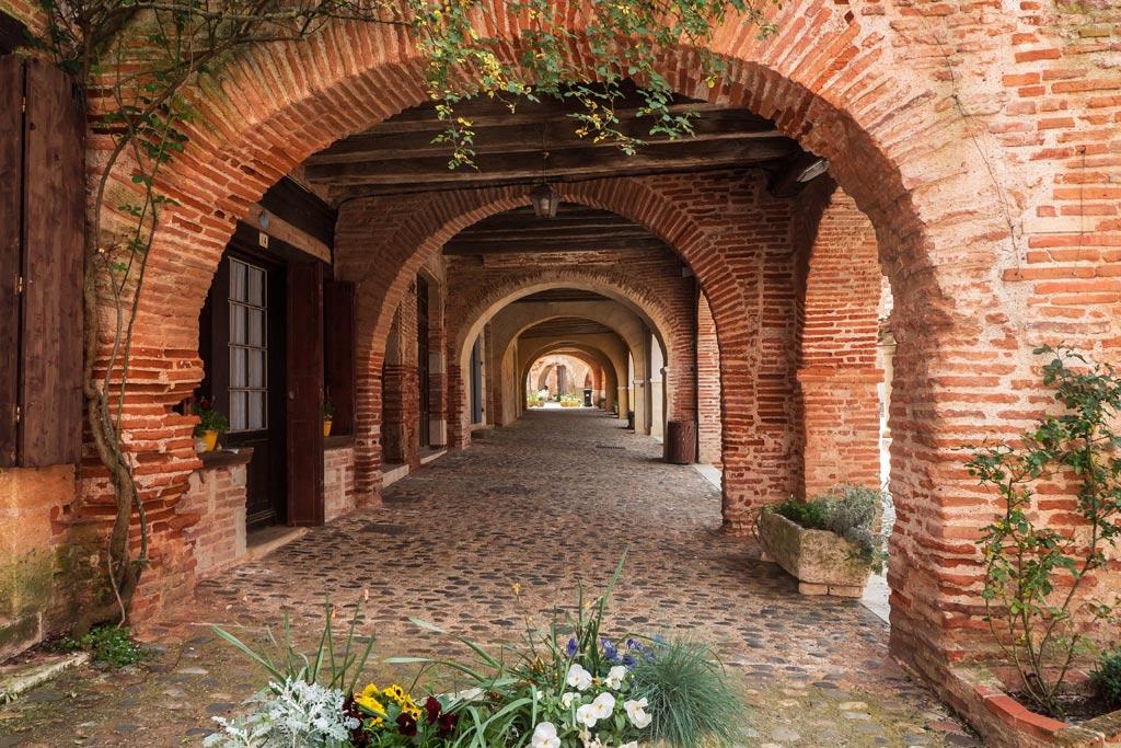 Arches en briques à Auvillar