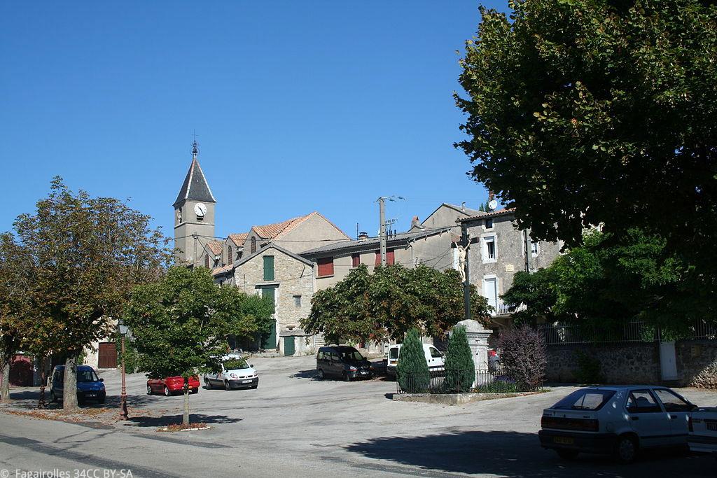 Le petit village de l'Hospitalet-du-Larzac