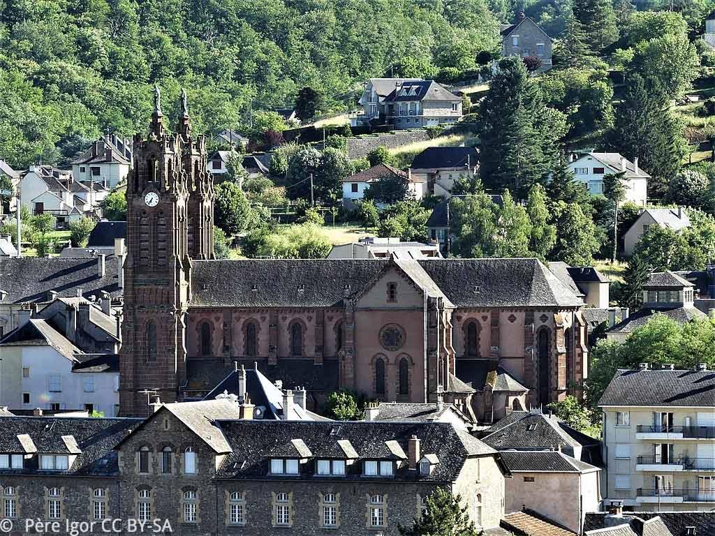 Espalion et son église paroissiale