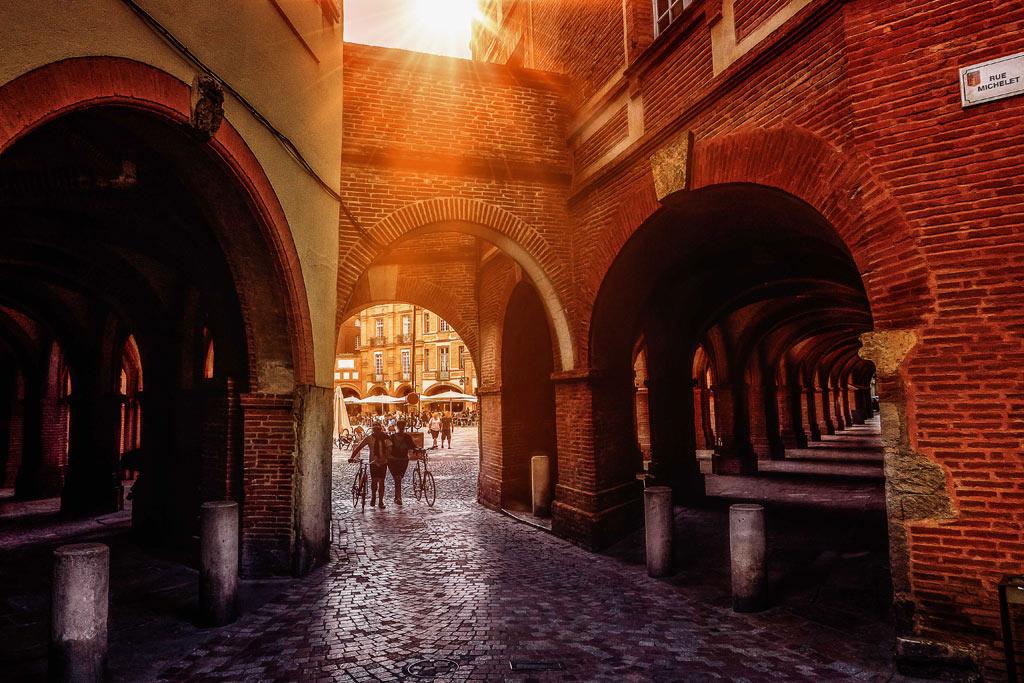 Montauban, sous le soleil de fin de journée